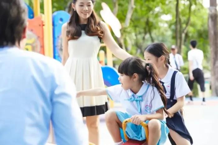 biarkan anak mencoba hal baru untuk mendidik anak agar mandiri dan berani