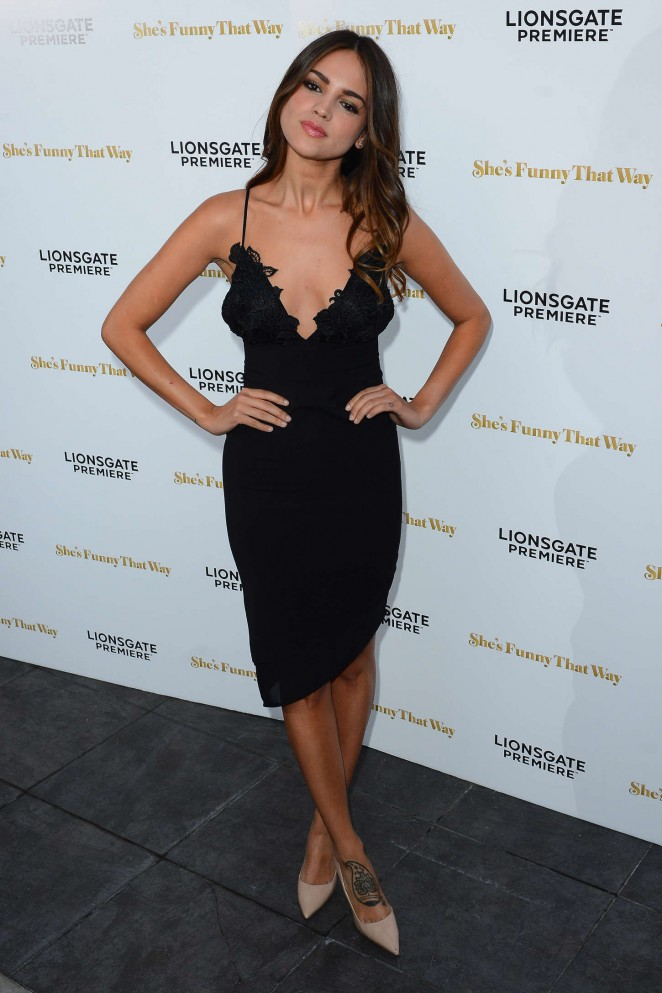Eiza Gonzalez Shes Funny That Way La Premiere In Black Dress