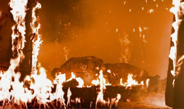 """Bombeiro que foi tomado por chamas sobreviveu por um milagre: """"Dou toda glória a Jesus"""""""