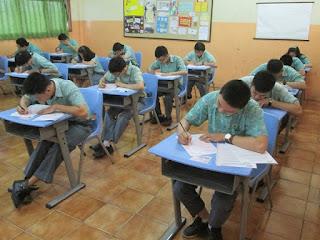 Lakukan Trik Ini untuk Mengerjakan Soal Ujian Nasional Bahasa Indonesia, Dijamin Sukses Sobat  oleh Martin Karakabu, guru Bahasa Indonesia SMA Kanaan Jakarta
