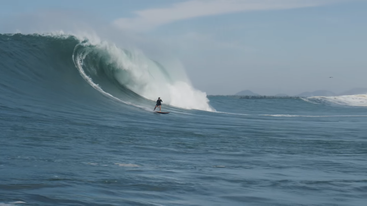 THIS IS WHAT STEPOFFS AT A HUGE BEACH BREAK IS LIKE