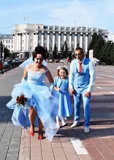 Невеста убегает от жениха