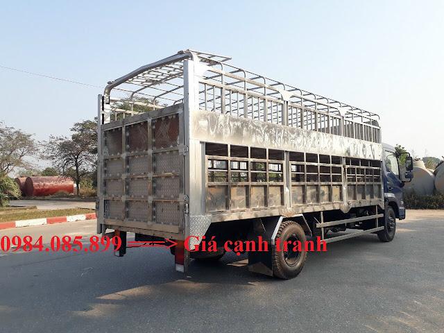 Hyundai EX8 thùng chở gia súc gắn bửng nâng