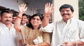 """पूर्व सांसद आनंद मोहन (Anand Mohan) की लिखी पुस्तक """"गांधी"""" (कैक्टस के फूल) का लोकार्पण"""