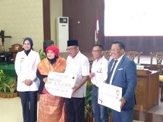 PMI Propinsi Jawa Timur Terima Bantuan Rp 200 M
