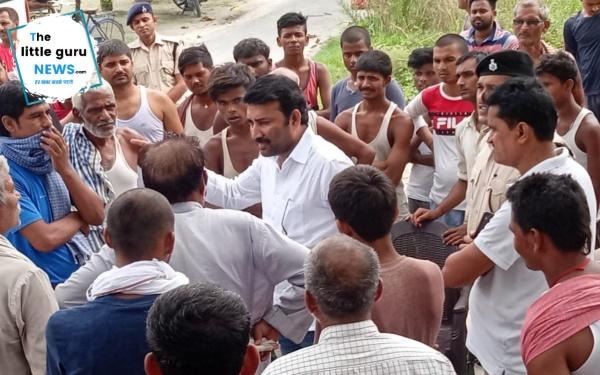 बिजली विभाग की मनमौजी, लो वोल्टेज से परेशान आक्रोशित ग्रामीणों से मिलने पहुँचे विधायक राजेश कुमार