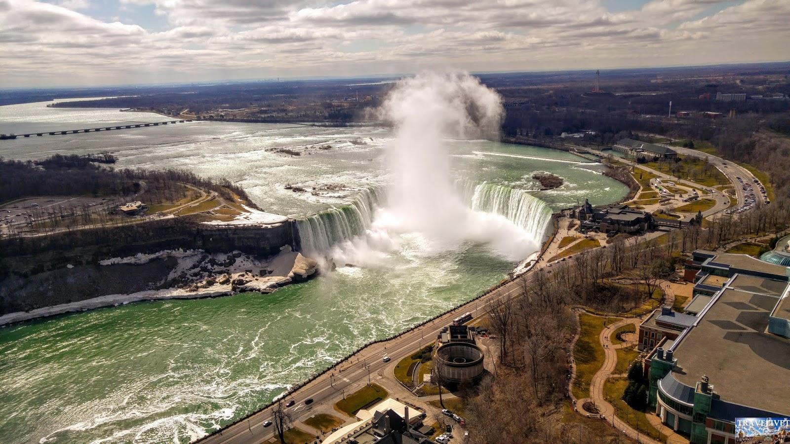 Canada Les chutes Canadiennes Niagara Falls