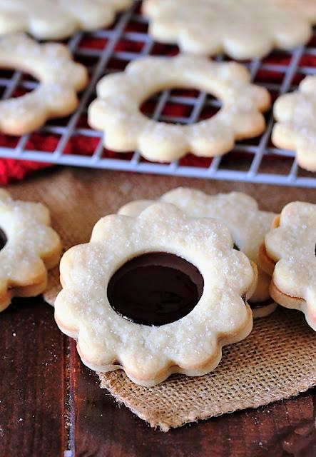Raspberry Jam Sandwich Cookies Image