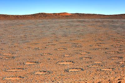 Таинственные сказочные круги в Намибии