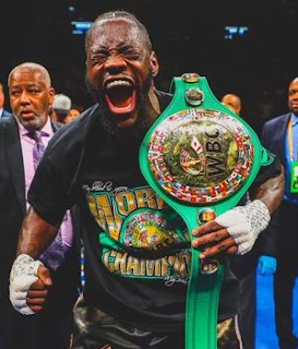 Deontay Wilder KOs Dominic Breazeale in the 1st round to defend the WBC heavyweight title