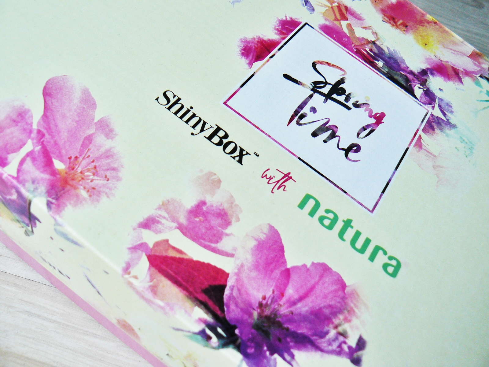 SPRING TIME - SHINY BOX WITH NATURA