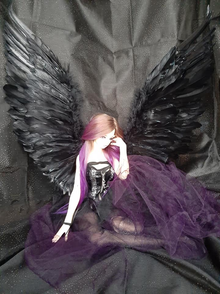 Dolls d'Artistes & others: Elfe noire p36 / Winx Club - Page 37 75580123_10220798009599749_2873495629701578752_n