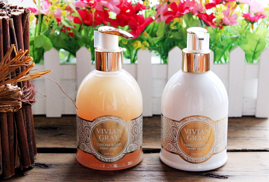 """""""Ванильный"""" лосьон для рук и жидкое мыло Vivian Gray Romance Sweet Vanilla / обзор, отзывы"""