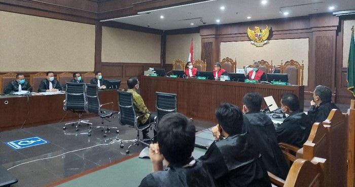 Peringatkan Juliari Batubara, Hakim: Jangan Kalian Pikir Kami Bisa Disuap Ya!
