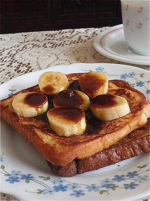 Egg Free French Toast  Recipe @ treatntrick.blogspot.com