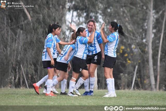 """Convocan jugadoras para """"Las Lobitas"""""""
