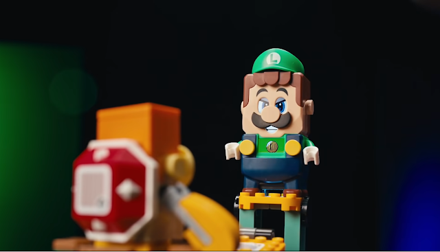 LEGO Luigi Adventures head to head with Boom Boom tower