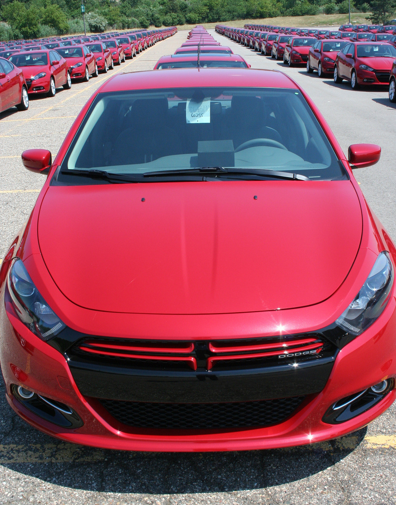 2013 dodge dart lancement en grandes pompes autos am ricaines blog. Black Bedroom Furniture Sets. Home Design Ideas