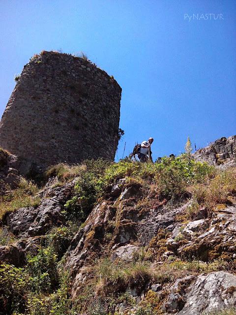 Torreón de Villamorei - Parque Natural de Redes - Reserva de la Biosfera