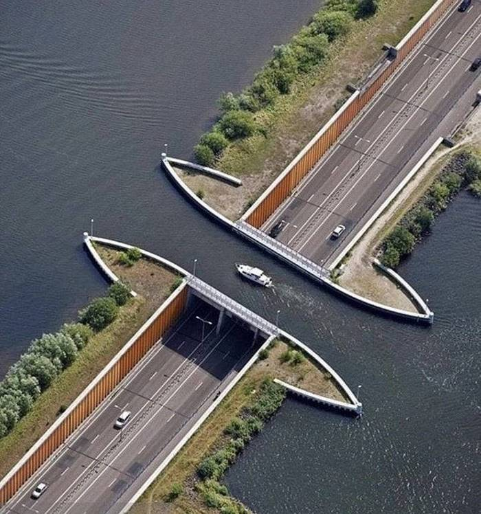 The shortest underwater tunnel in the world
