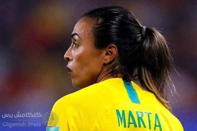 لاعبة برازيلية تحطم رقم كلوزه التاريخي ،