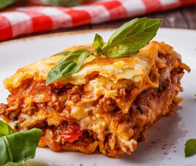 Small Batch Classic Lasagne