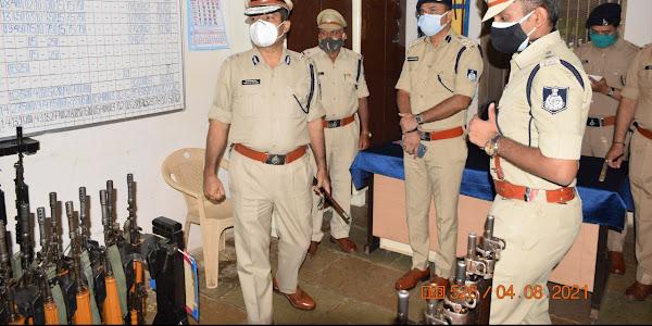 पुलिस महानिरीक्षक इन्दौर द्वारा झाबुआ का वार्षिक निरीक्षण, संपूर्ण व्यवस्था और कार्यों का जायजा लिया गया