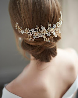 wedding ideas - wedding planning services - bridal headpieces -  Bridal Hair Comb, Antique Gold  - esty - Wedding blog by K'Mich - day of wedding planners in Philadelphia
