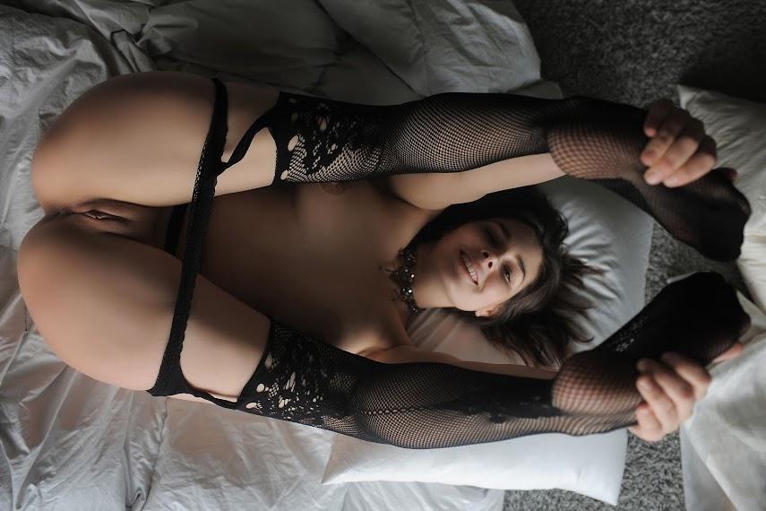 [TheLifeErotic] Amelie Belain - Bed Time - idols