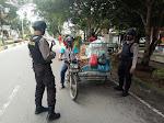 Polsek Langsa Barat Bersama TNI dan Sat Pol PP Gelar Razia Masker Dalam Rangka Operasi Yustisi Cegah Penyebaran Covid-19