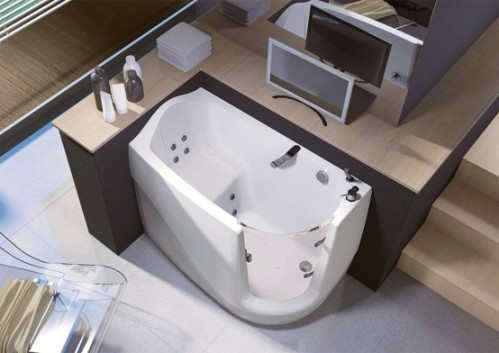 Walk In Bathtubs Compact And Space Saving Solution For