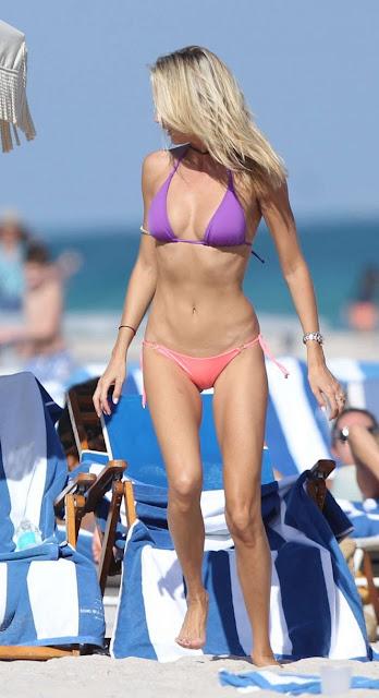 Lauren Stoner – Bikini Candids