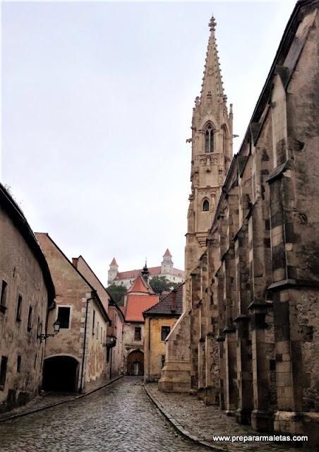 visitar el casco antiguo de Bratislava