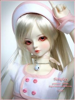 Download Pretty Barbie Dolls