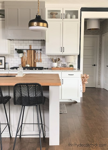 White kitchen black accents