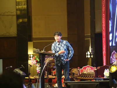 Berbincang Batik dengan Dosen Milenial Aditya Revianur