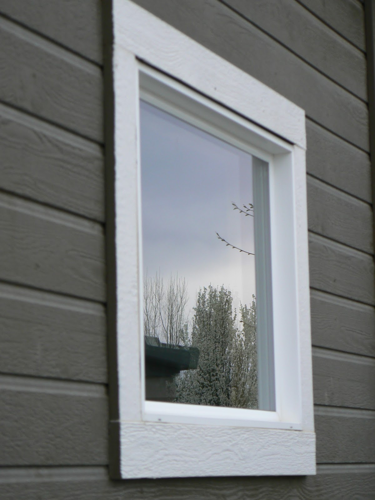 The creative homemaker homemade outdoor window cleaner - Exterior window cleaning solution ...