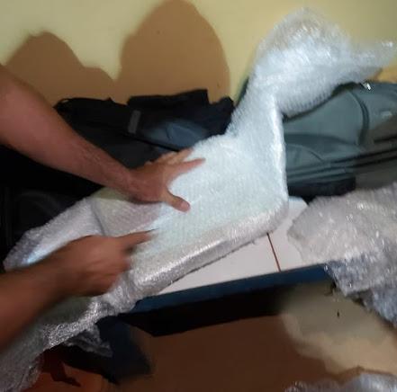 Passageira de ônibus é presa com mais de 6 kg de cocaína em Guajará-Mirim