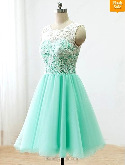 Short/Mini Scoop Neck Tulle with Lace Covered Buttons Elegant Prom Dress