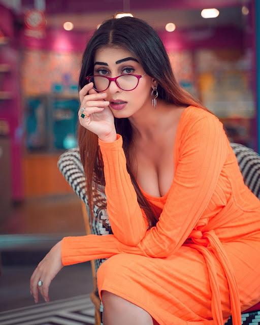 Indian Model Ruma Sharma Latest Hot Photos   Ruma Sharma Instagram Actress Trend