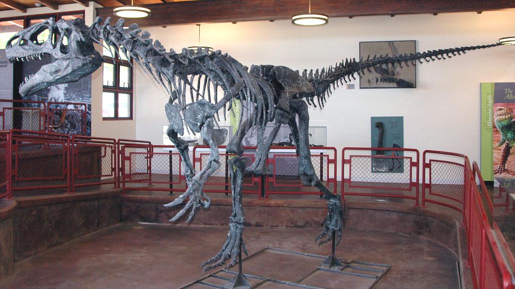 Карьер динозавров Кливленд - Ллойд в Центральной Юте, США