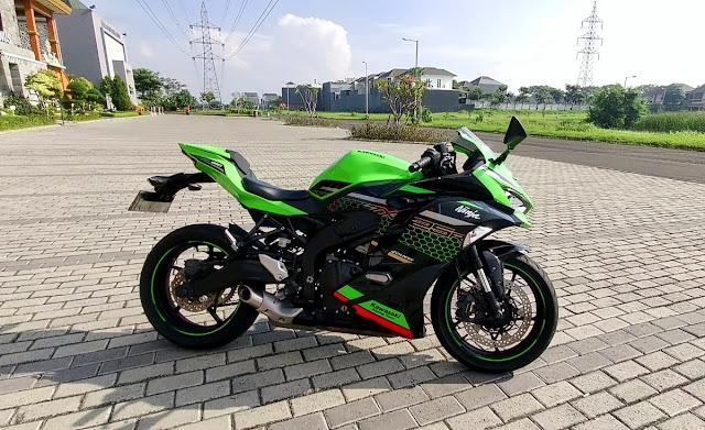 test ride zx25r