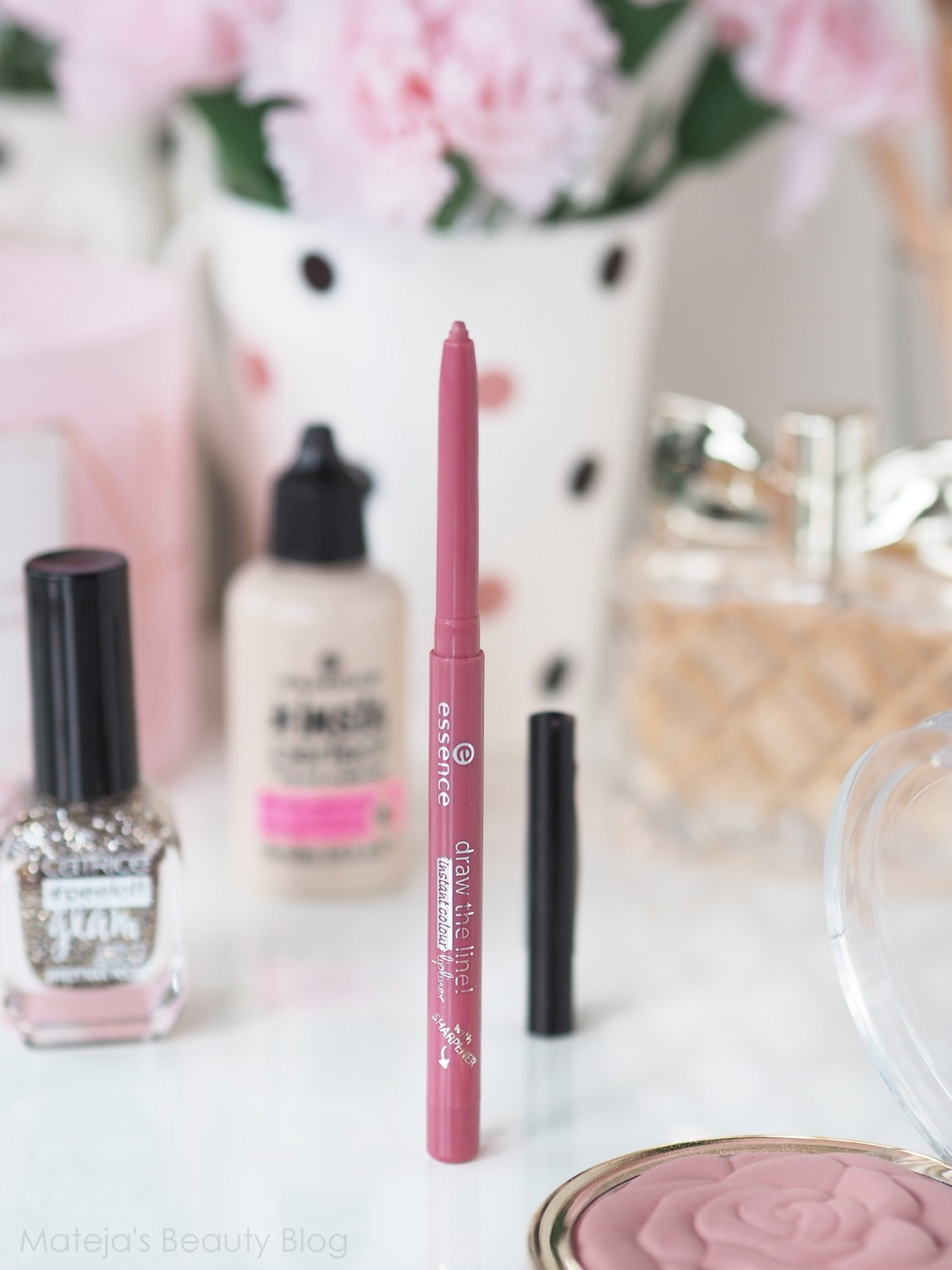 Essence Draw the Line Instant Colour Lipliner 07 Eternal Beauty