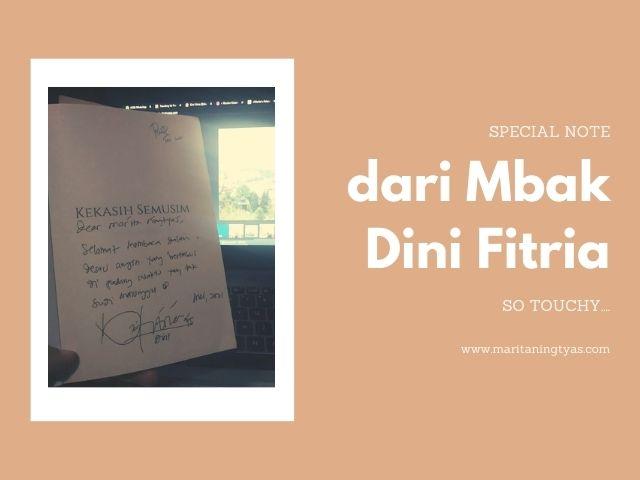 special note dan tanda tangan penulis