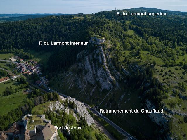 Forts de Joux et du Larmont inférieur — Vue aérienne