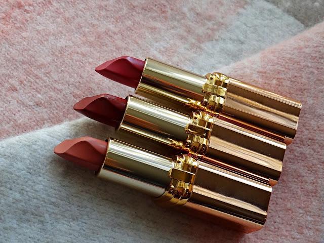 L'Oreal Color Riche Color Riche Les Nus Lipstick  Review, photos, Swatches