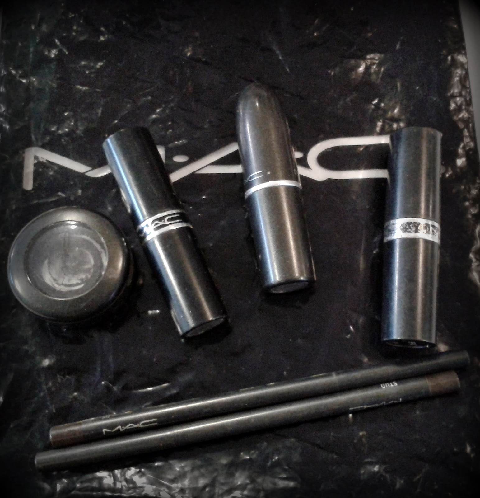 Return to MAC, MAC empty containers, MAC cosmetics