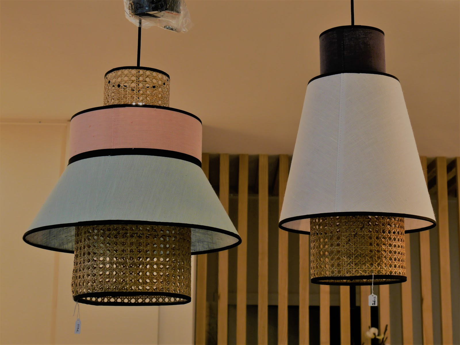 une-place-en-ville-boutique-de-decoration-d-interieur-le-plessis-robinson-photos-lampe