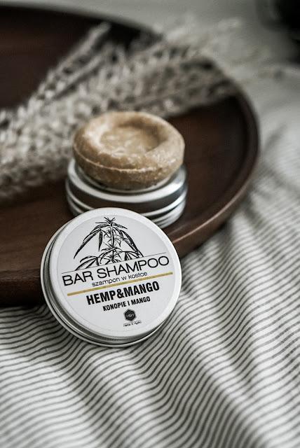 Herbs & Hydro Szampon w kostce Konopie/Mango puszka, wegański szampon, kosmetyki wegańskie zero waste