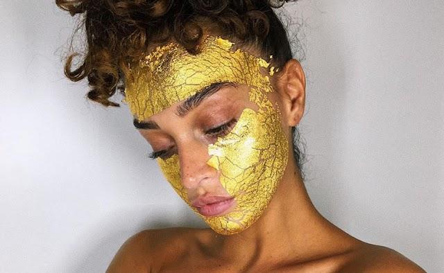 Máscara de ouro: 8 produtos para uma pele macia e iluminada